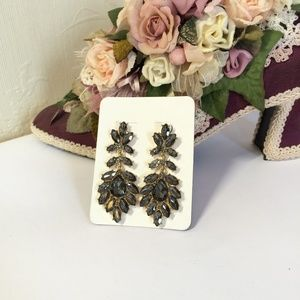 Gorgeous Vintage Glass Crystal Earrings